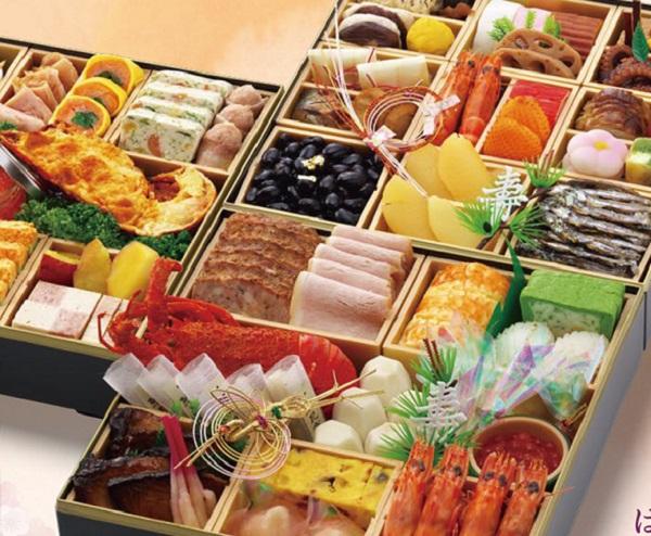 写真:姫路キヤッスルグランヴィリオホテルのおせち料理