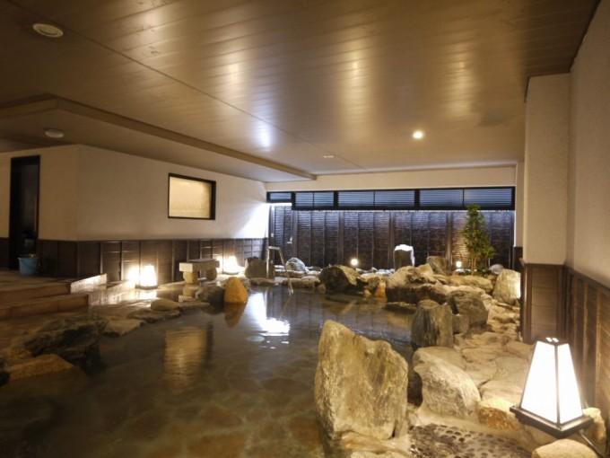 写真:スタンダードプラン【天然温泉】大浴場満喫!(駐車場無料・朝食付)